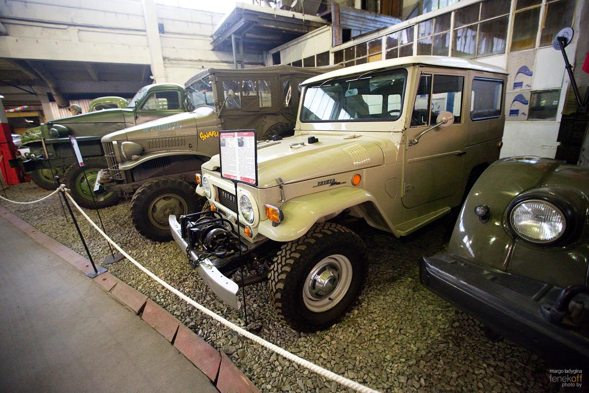 Toyota Land Cruiser. Музей Московский транспорт