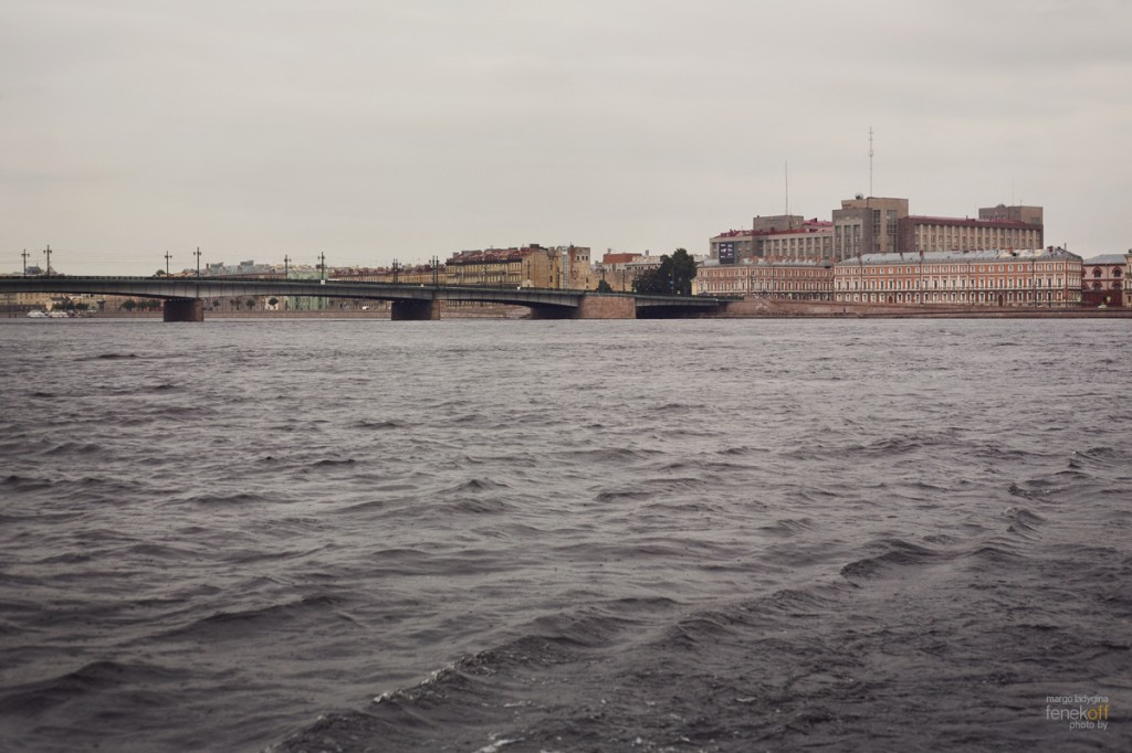 Река Нева и Литейный мост