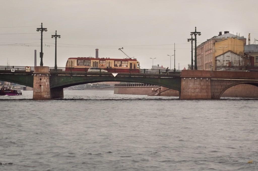 Питерский трамвайчик