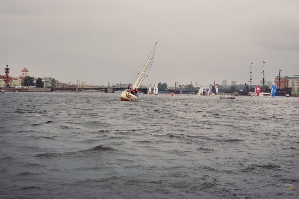 Корабли и кораблики на Неве