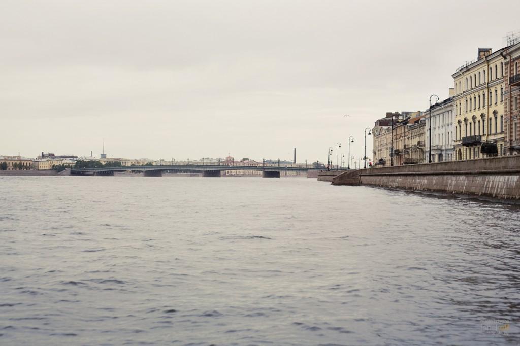 Нева и Литейный мост