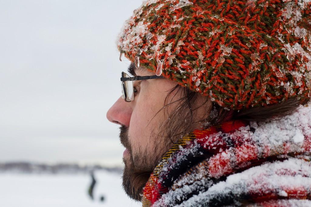 Льдинки на шапке
